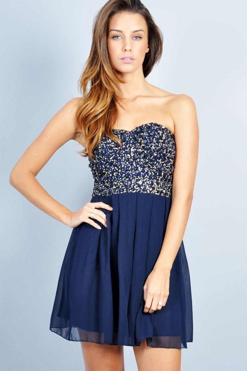 Moda de vestidos de graduacion 2014